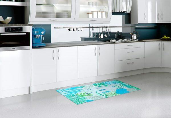 alfombra-vinilica-fondo-del-mar-cocina