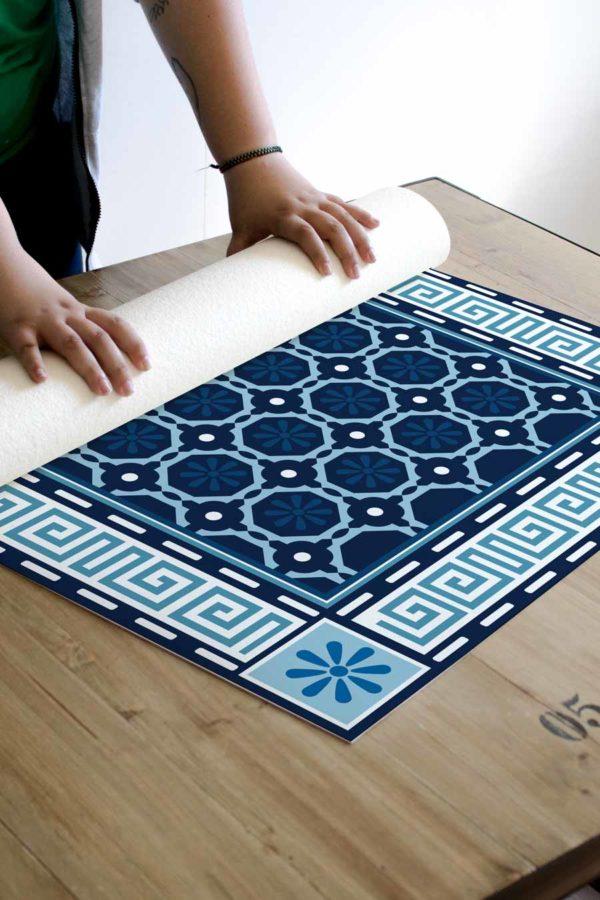 alfombra_enrollada_mosaico_grecia