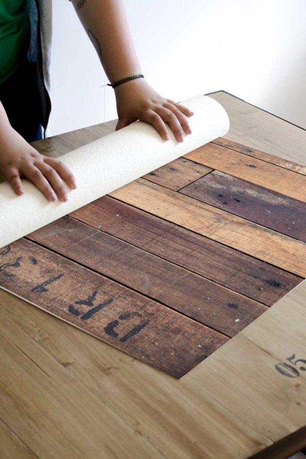 alfombra_enrollada_laminado_madera