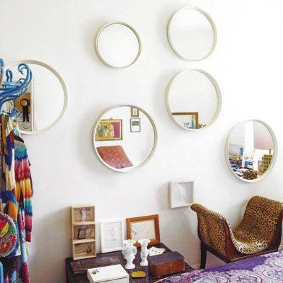 Decorar-paredes-blancas-espejos
