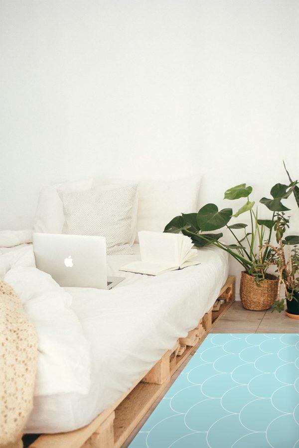 alfombra-ESCAMAS-AZULES-mockup_llit